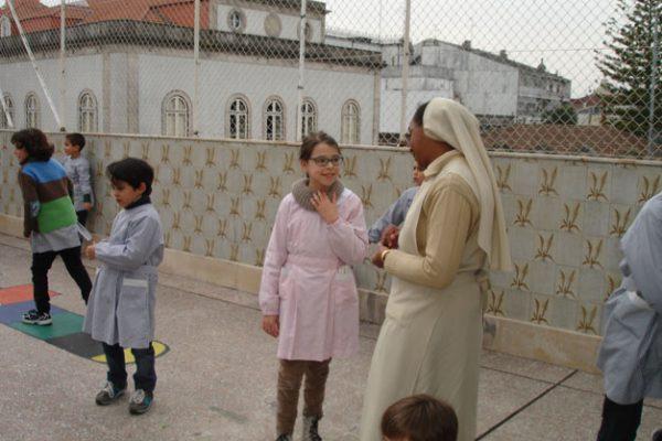 Ir. Mª dos Anjos en el Colegio Paulo VI